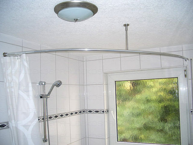 Shower curtain rod for quadrant shower tubs with aluminium profile ...